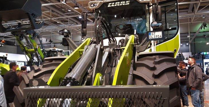 Pics: Lifting the lid on new loading shovels from Claas