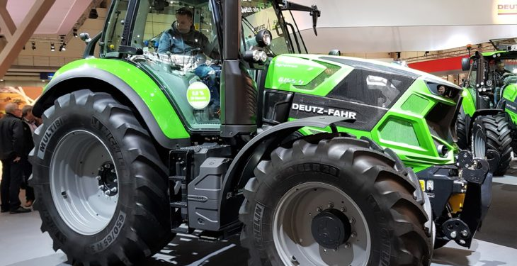 Deutz-Fahr's beefy '4s' reach up to 171hp at Agritechnica 2017