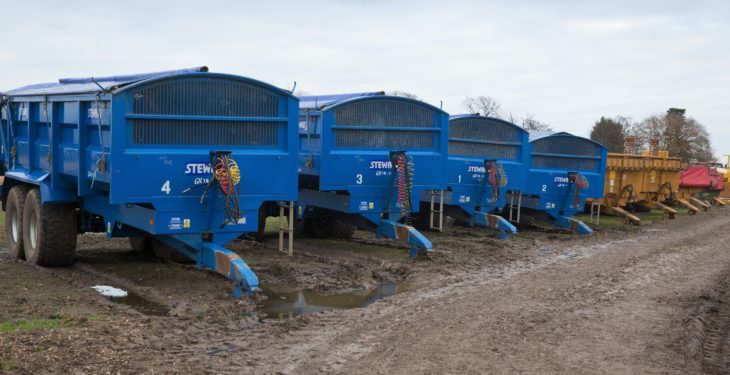 Auction report: Trailers and root-crop equipment plentiful at 'on-site' sale