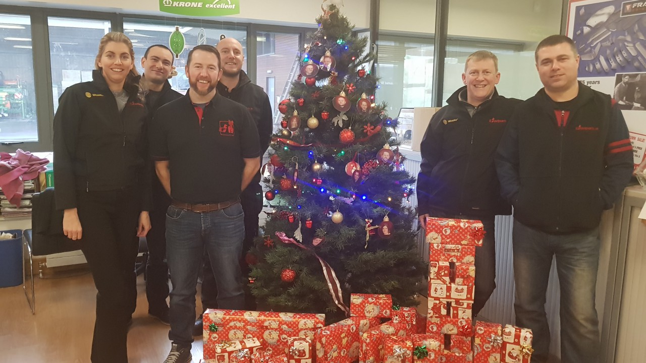 Fastparts team 'wraps up' year with charity donations