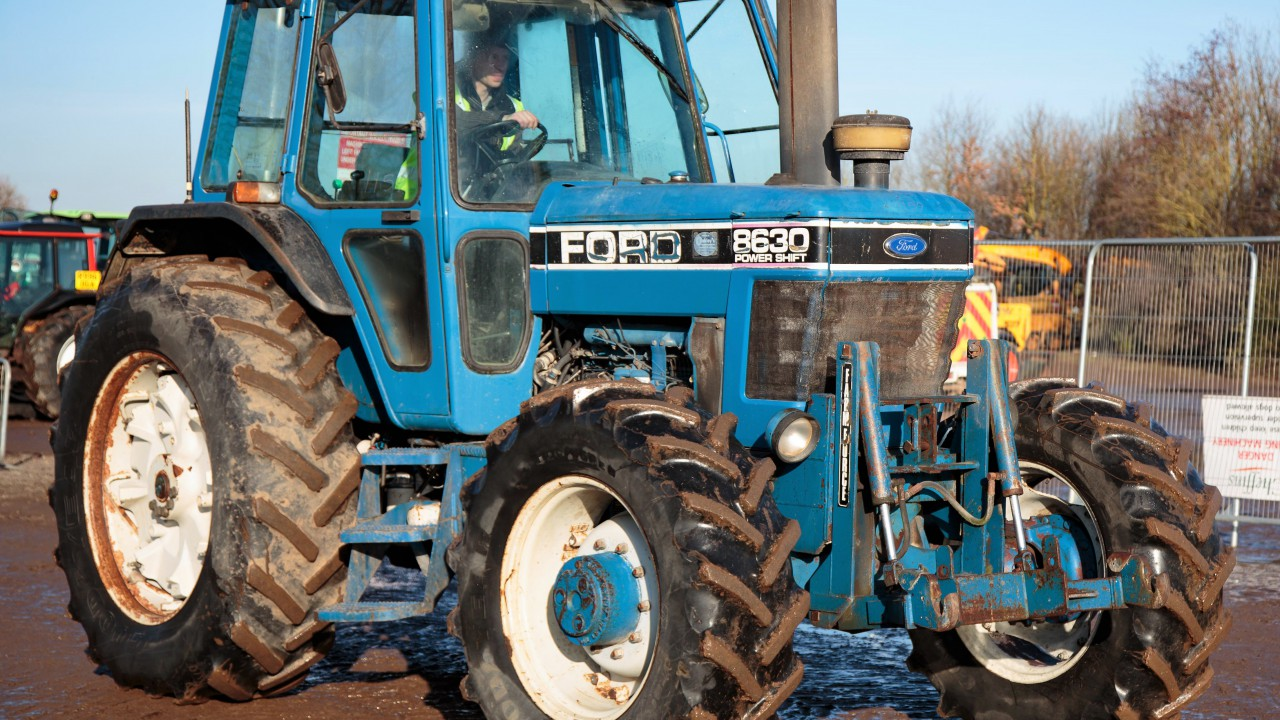 Auction report: Betting on 'blue' at this month's big Cambridge tractor sale
