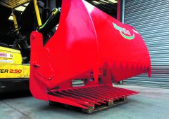Northern firm bites into shear-grab market, with 'maintenance-free' tines
