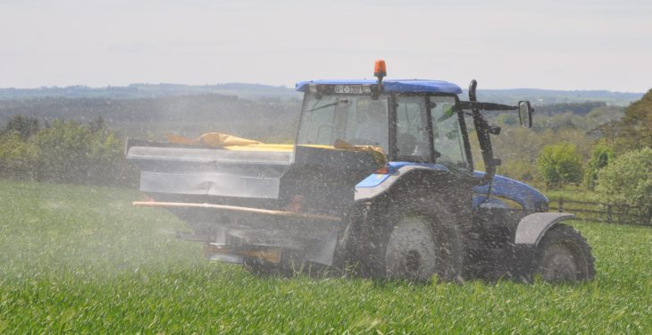Fertiliser prices climb €50-60/t as spreading dates draw nearer
