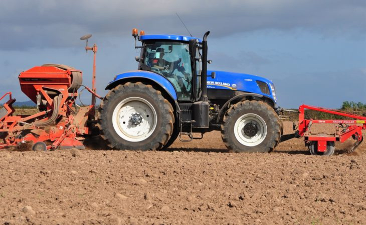 New tractor sales in UK rise; end-of-year rush boosts tally