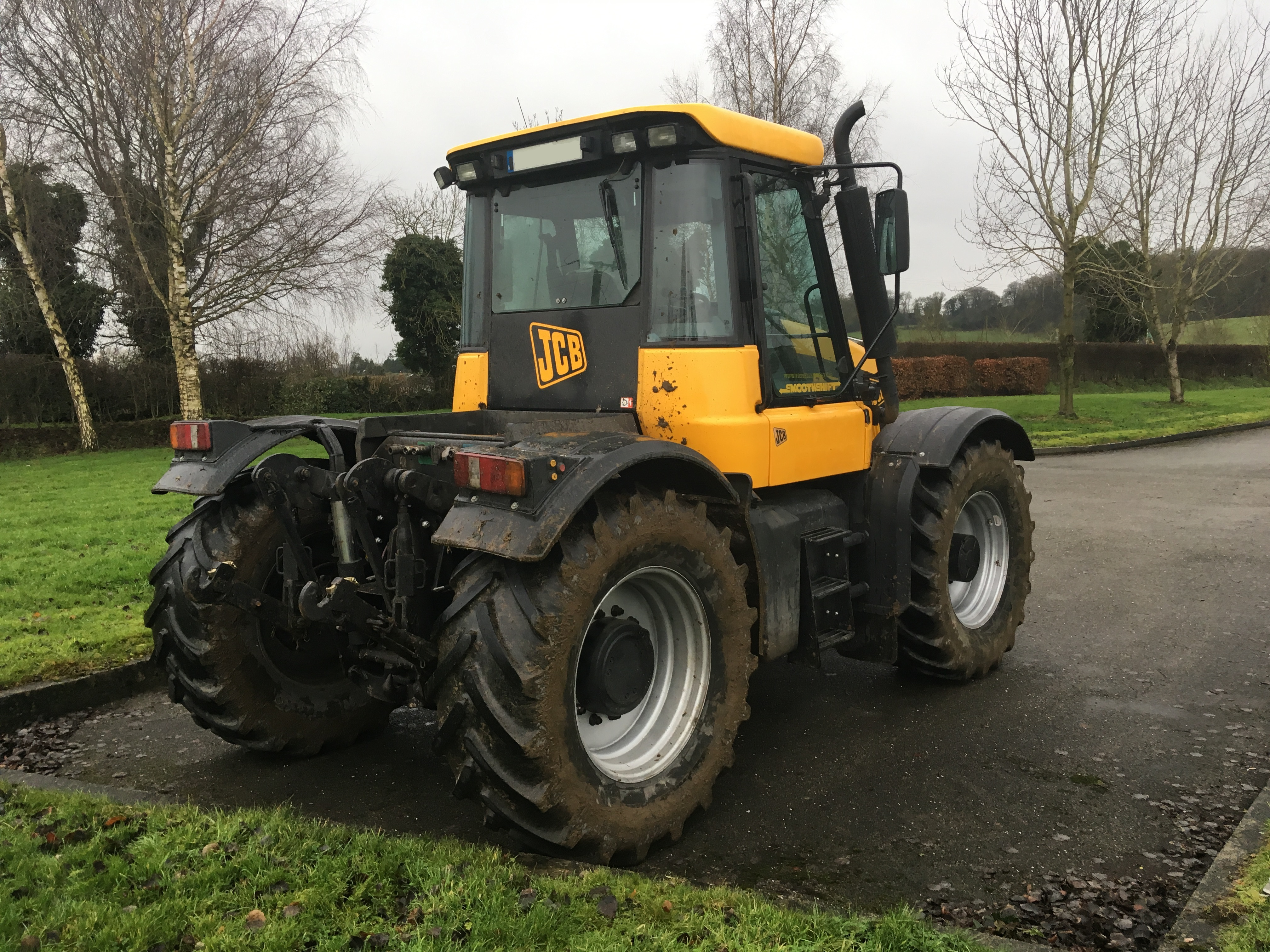 mob 44 0 7969 309383 Array - buyer u0027s guide what you should look out  for in a used jcb fastrac