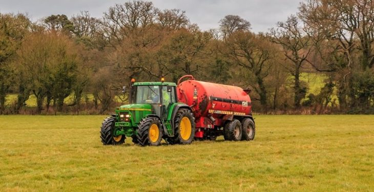 Fertiliser and slurry spreading extension labelled as 'categorically insufficient'