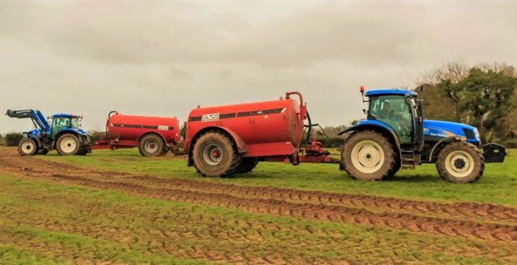 Should you keep your distance from houses when spreading slurry?