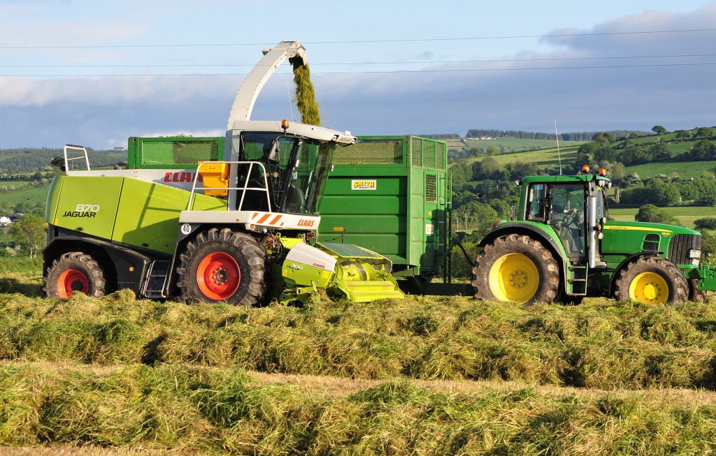 785cb049 Looking back: Where did Claas self-propelled foragers come from ...
