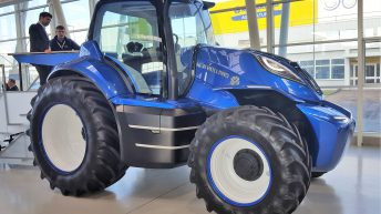 Gas-powered New Holland to 'enter production within 3 years'