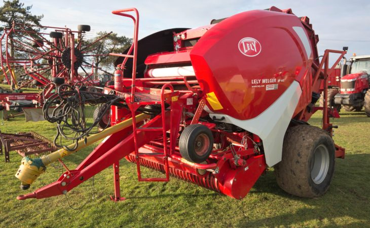 Auction report: Contracting 'gear' under the hammer at retirement sale