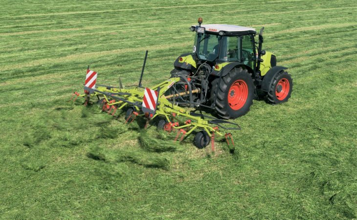 Claas adds smaller tedders and rakes to its line-up