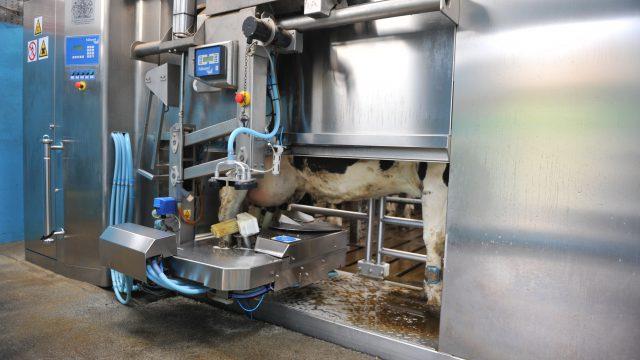 是机器人把农业工作有风险吗?