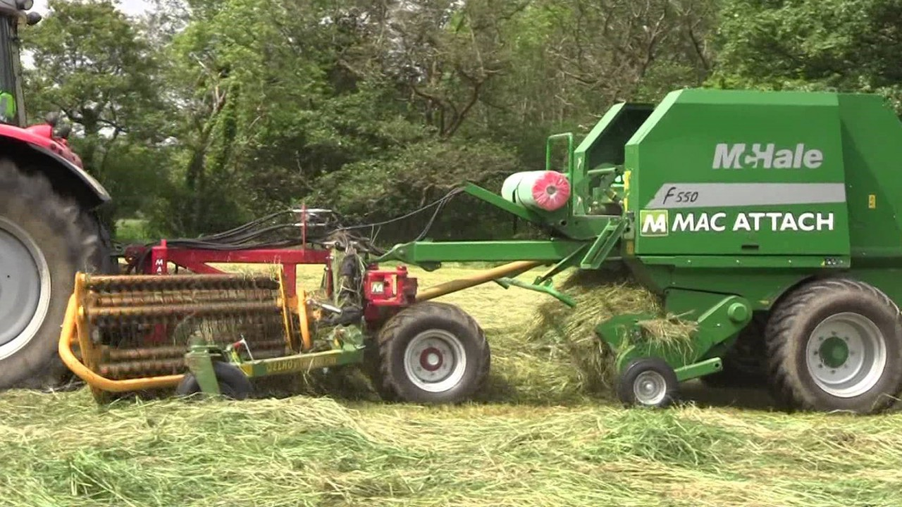 One-pass raking and baling: What is the best approach?