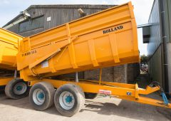 Auction report: See how 'fresh' trailers and kit fared in on-farm sale