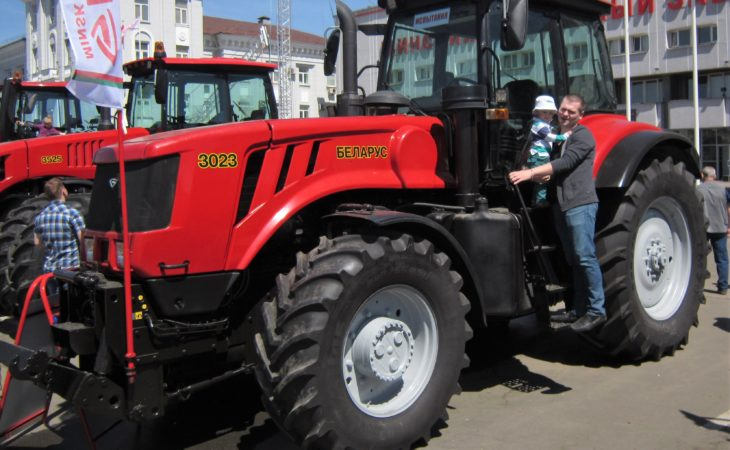 Electric-drive 'gearboxes' for tractors: Where to now?