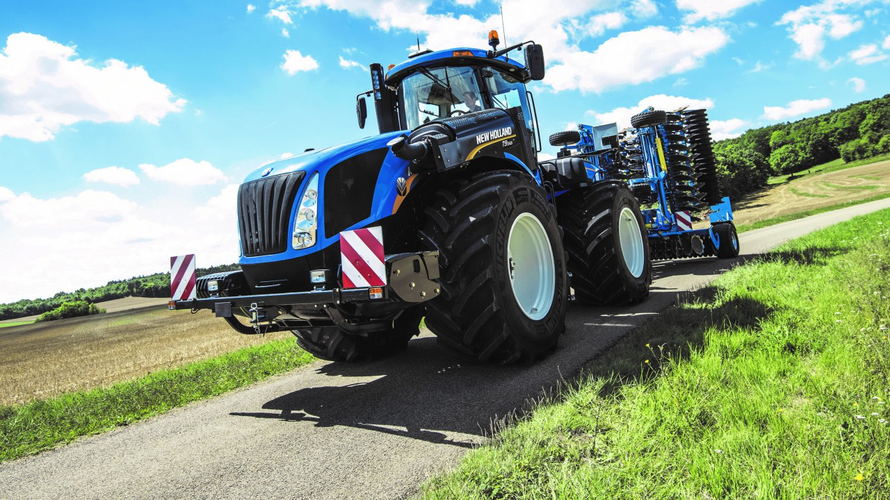 605hp New Holland is 'world's most powerful CVT tractor'