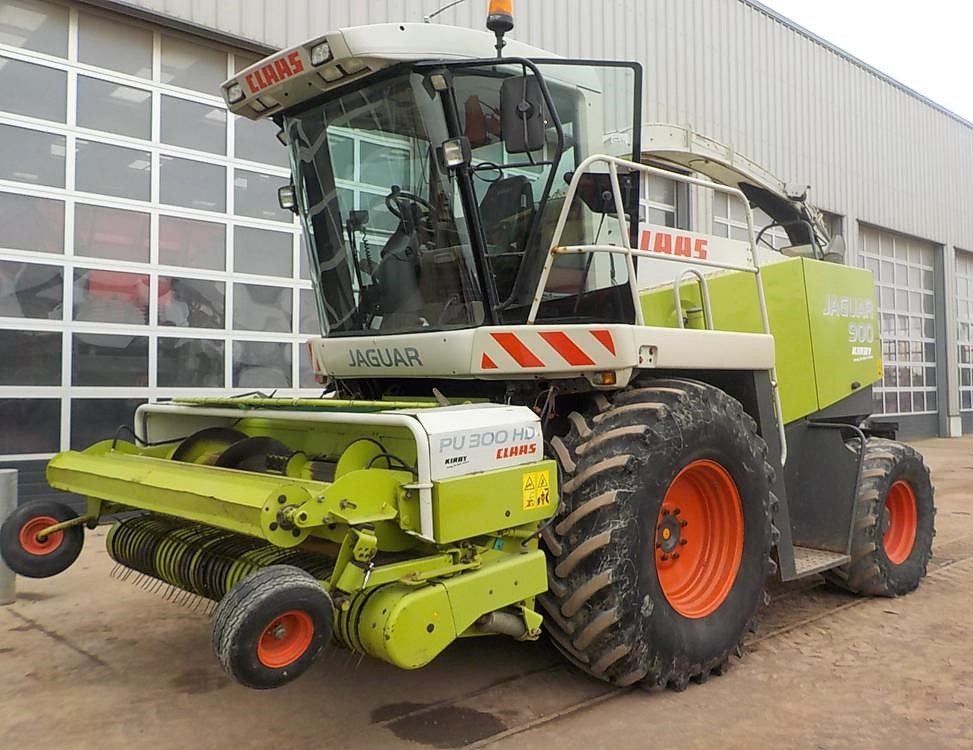bee52bb4f0 Farm and construction machinery to go  under the hammer  in Co. Tyrone