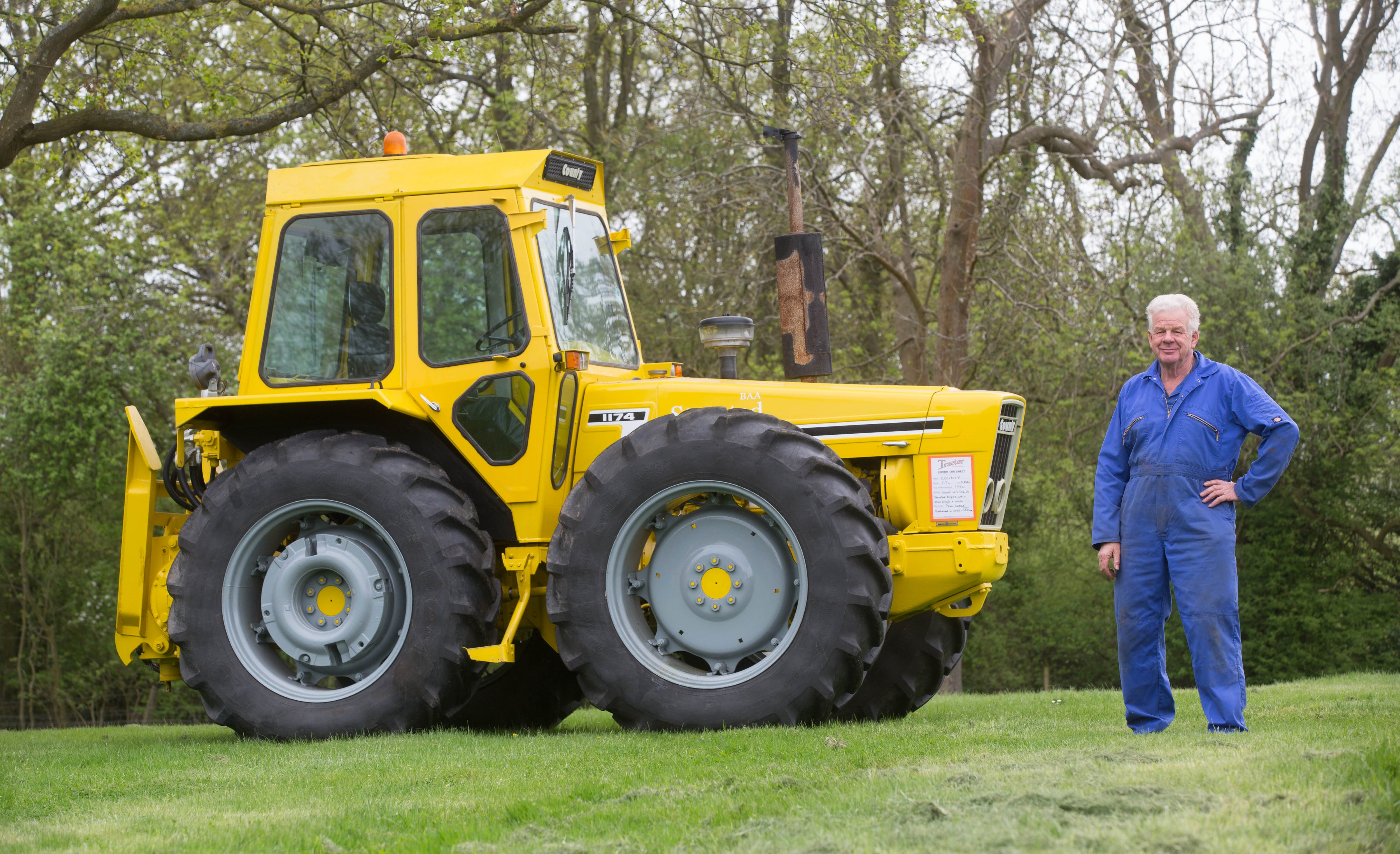 Ford Classic Tractors : Calling all ford fanatics go back in time at this