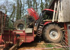 Video: UK driver has lucky escape from runaway tractor