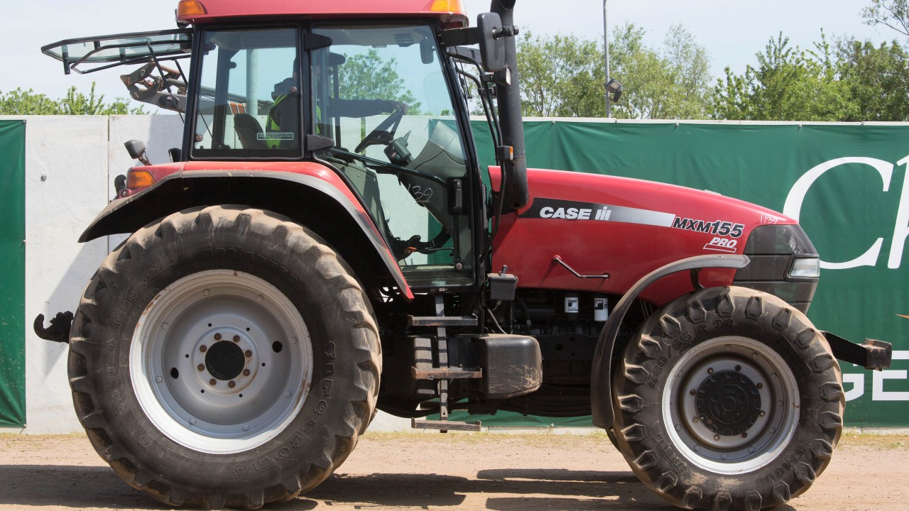Auction report: Case IH highlights from monster May tractor sale