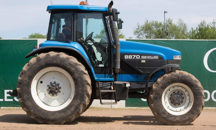 Auction report: Eyeing up a Ford / New Holland at this monster May sale