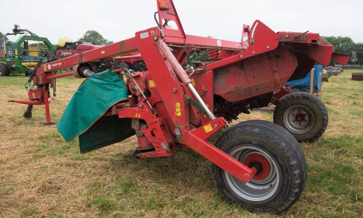 Auction report: Silage and other machinery pulls the punters