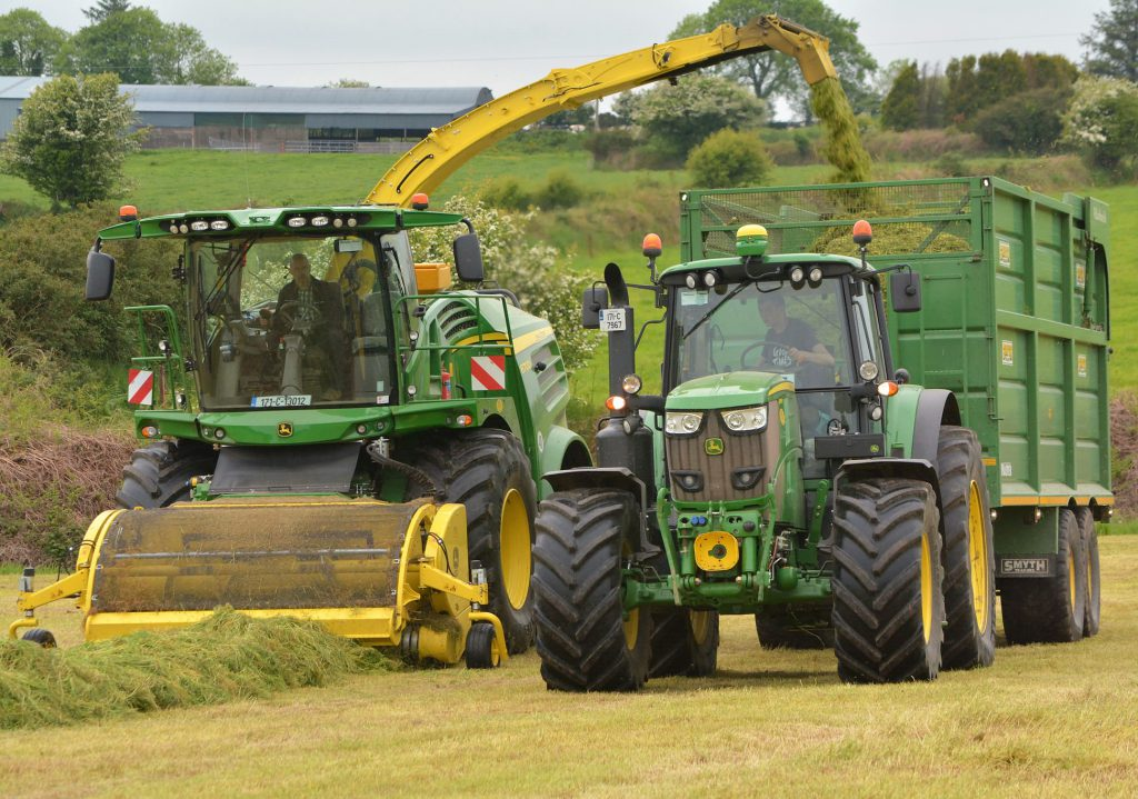 What's new from John Deere at Grass & Muck 2018? - Agriland ie