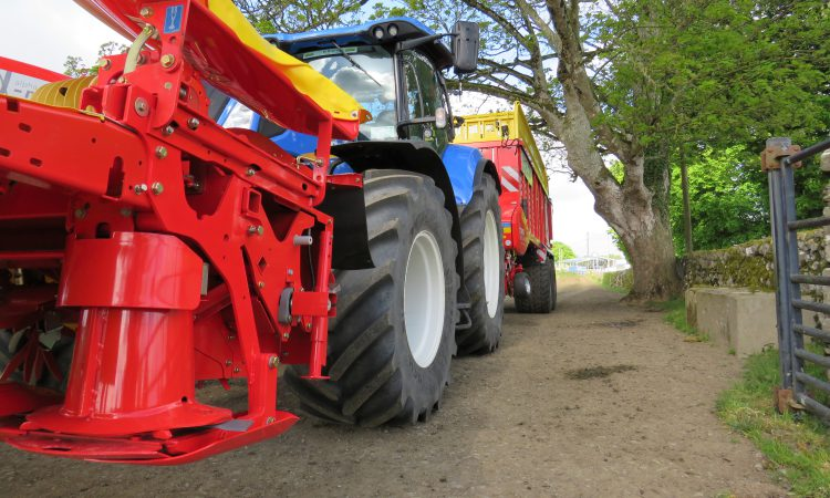 Machinery rolls into Gurteen College to prep for 'Grass & Muck'