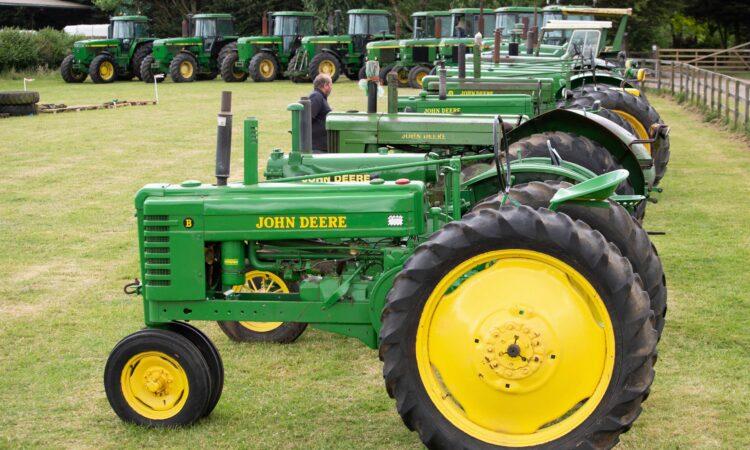 Auction report: Bids aplenty for massive John Deere collection