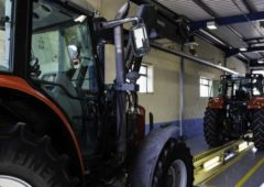 Number of centres authorised to test 'fast' tractors trebles