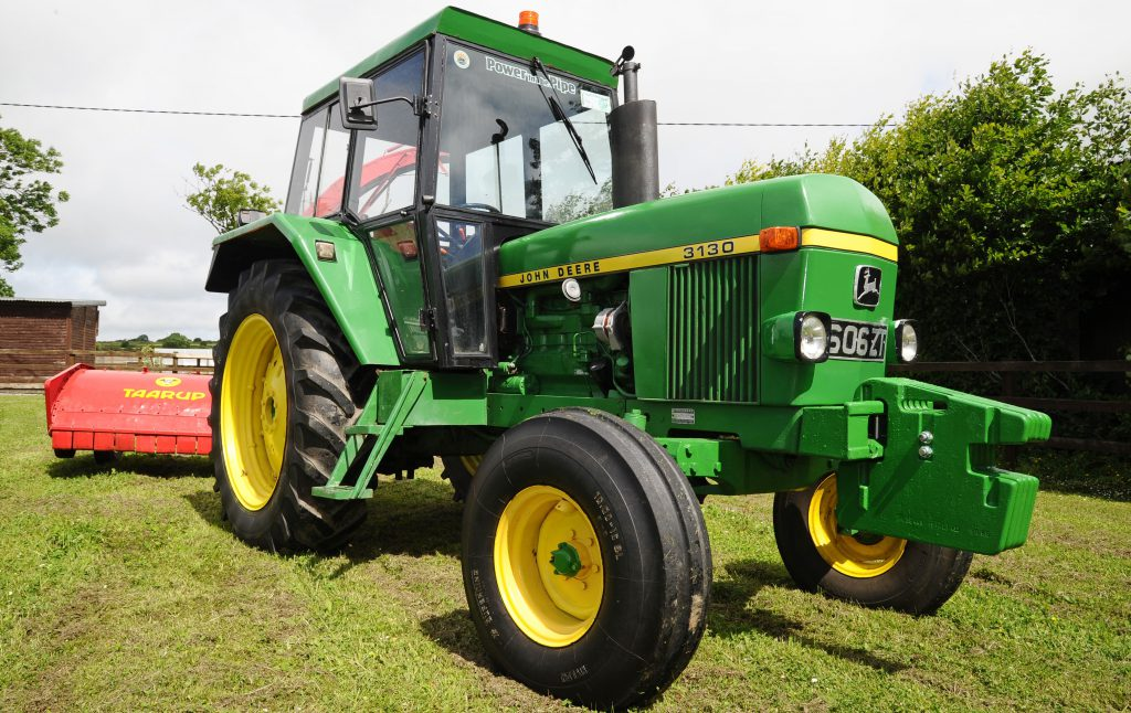 Classic corner: 6-cylinder Deere from the 1970s is a cherished Cork citizen  - Agriland.ie