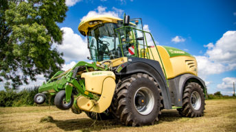 Heatwave hazards highlighted to contractors and farmers