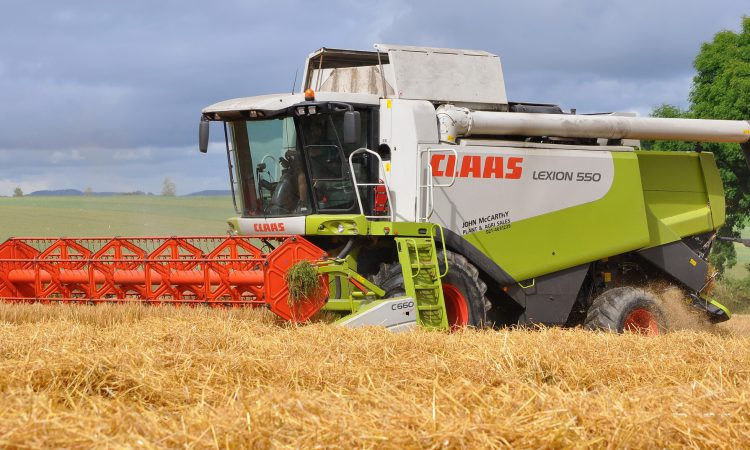 300 combines needed for new world record attempt…but where?