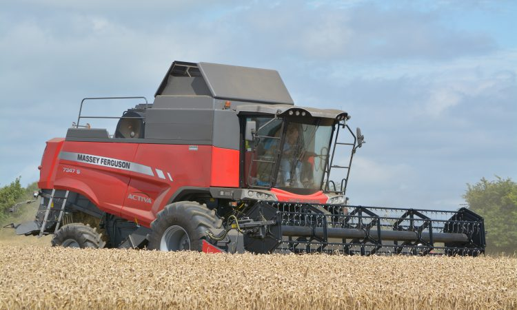 Harvest update: Spring barley and winter wheat kick off