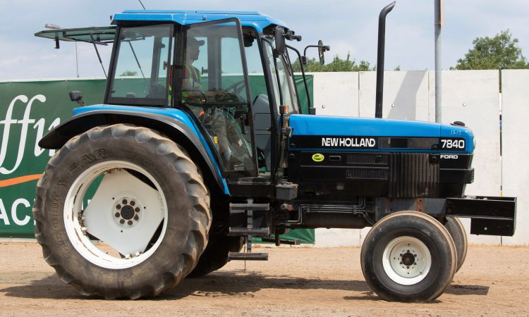 Auction report: Ford / New Holland highlights from July Cambridge sale