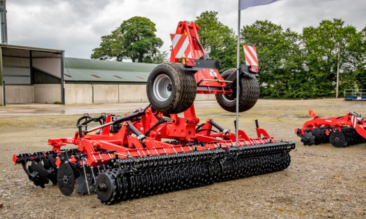 Akpil disc cultivator touring the country on demo
