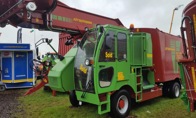 'Ploughing 2018': IAM does the deal on 'hungry' self-propelled diet feeder