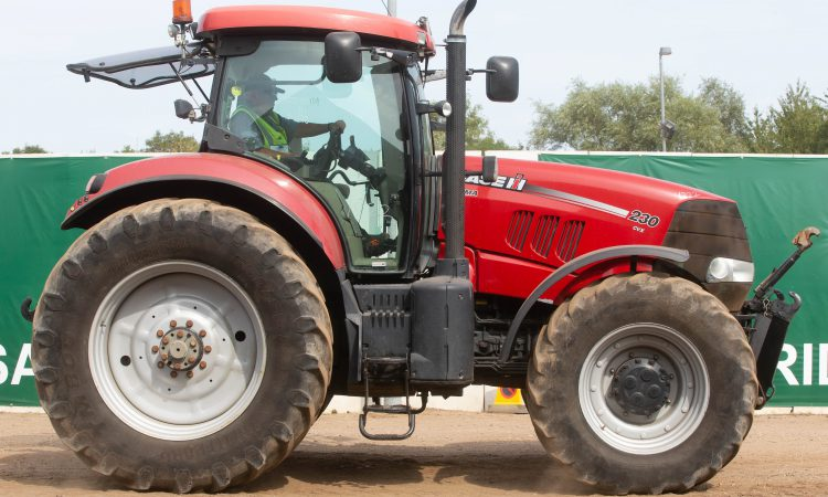 Auction report: Case IH highlights from monster tractor sale