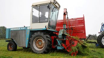 Pics: 'Old-school' machinery at Autumn Harvest event in Co. Cork