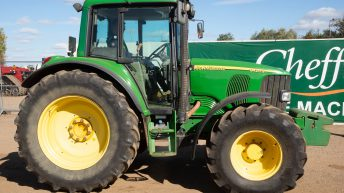 Auction report: Bargain or bust…on John Deere's 20 Series?