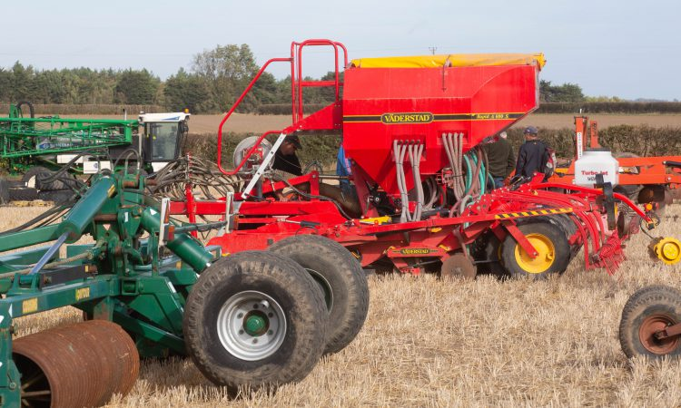Auction report: Tillage machinery in demand at this on-farm sale