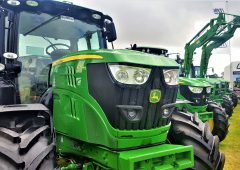 John Deere ranked among world's top 90 brands; but what's a name worth?