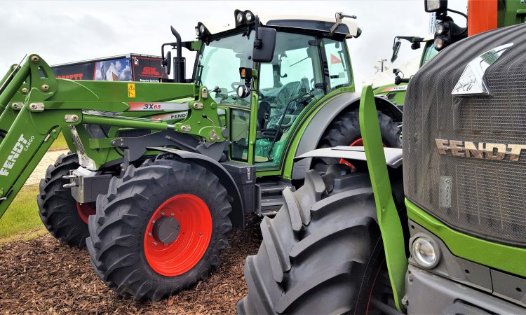Tractor manufacturers refuse to 'go Dutch' on software