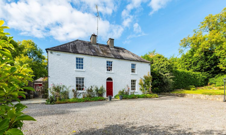 Video: A 'charming 18th century farmhouse' on 4.8ac in Co. Cavan