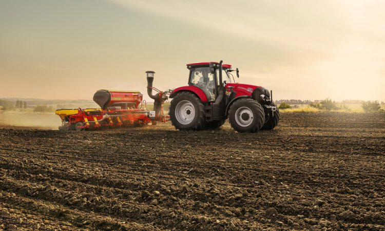 New 6-cylinder tractor is 'no longer' than its 4-cylinder equivalent