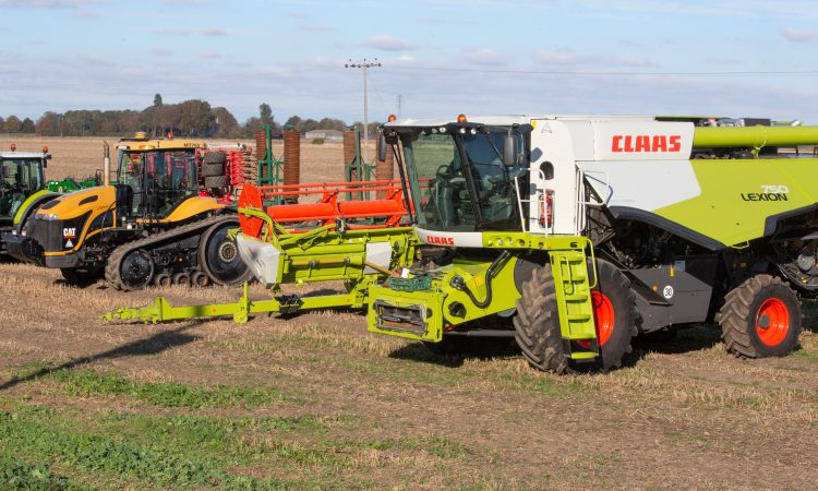 Auction report: Trio of tractors and 3-year-old Lexion go under the hammer
