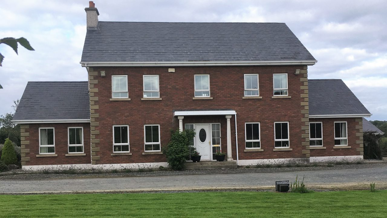 9.3ac of 'gorgeous equestrian property' on the Meath/Cavan border