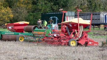 Auction report: 'Mix' of machinery changes hands…at 'on-site' sale