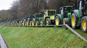 436 tractors take part in mammoth Cork tractor run