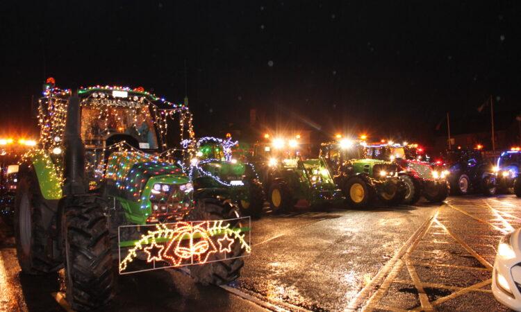Ballinrobe Christmas lights tractor parade draws 3,000